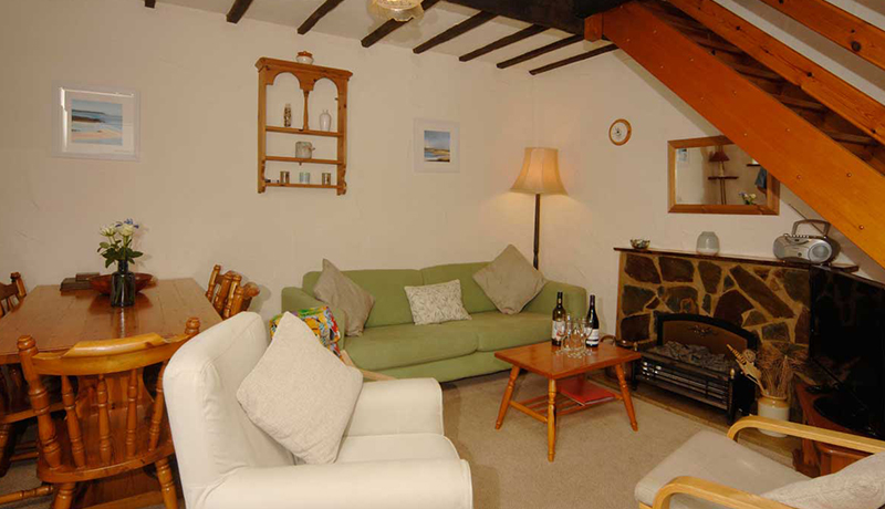 Millers Holiday Cottage Living Room