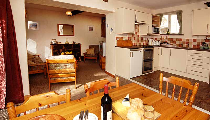 Potters Self Catering Cottage Kitchen