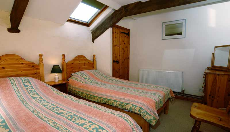 Thatchers Holiday Cottage: larger Twin Room