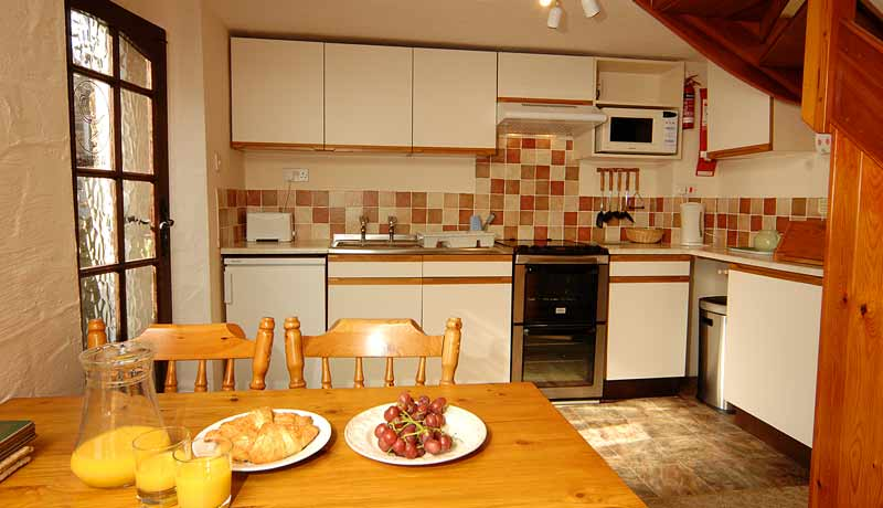 Weavers Holiday Cottage: Kitchen Diner