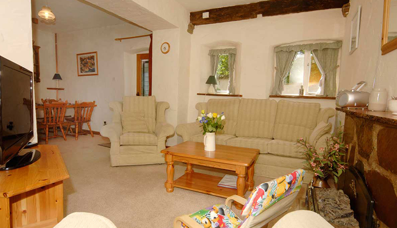 Muddlebridge House Self Catering Living Room